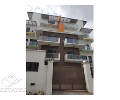 3 bedroom High Rise Apartment in banana Island